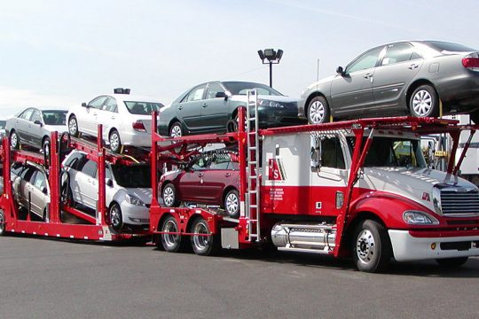 car-shipping-broker-or-carrier